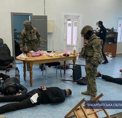 Спецоперація в Закарпатському експертно-криміналістичному центрі МВС: на хабарі викрито одного з керівників