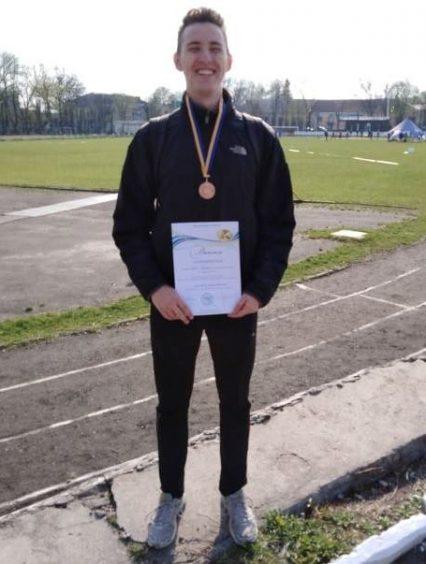 Легка атлетика: 18-річний ужгородець Богдан Граб став золотим призером Чемпіонату України
