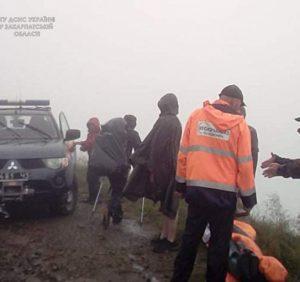 Протягом доби двоє туристів потребували допомоги гірських рятувальників